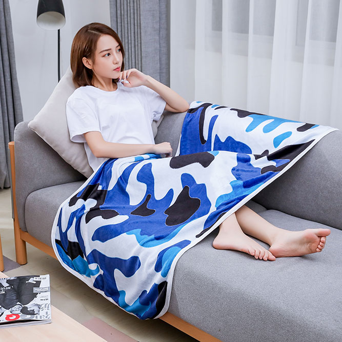 白蓝迷彩空调毯
